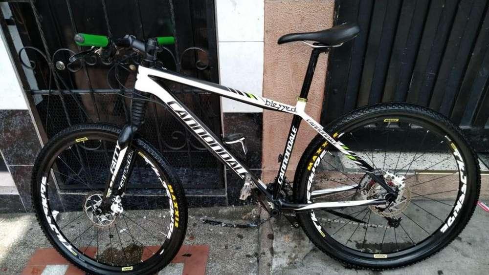 Bicicleta Cannondale Carbono