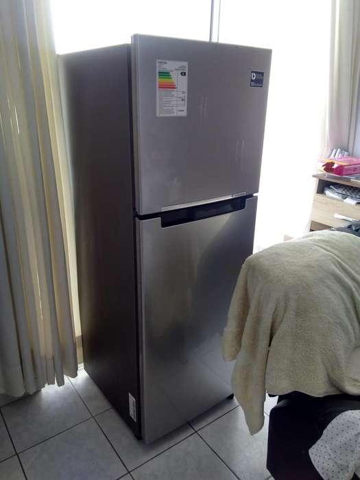 VENDO <strong>refrigeradora</strong> BUEN ESTADO MOTIVO DE VIAJE