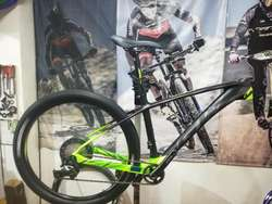 Bicicleta Mtb Gw Shark Carbono 27,5