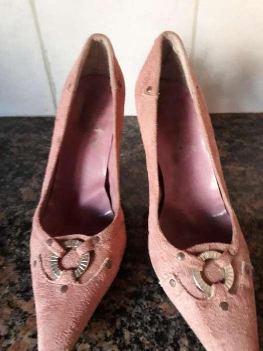 fbd68224 Zapatos de Gamuza <strong>stilettos</strong> ...