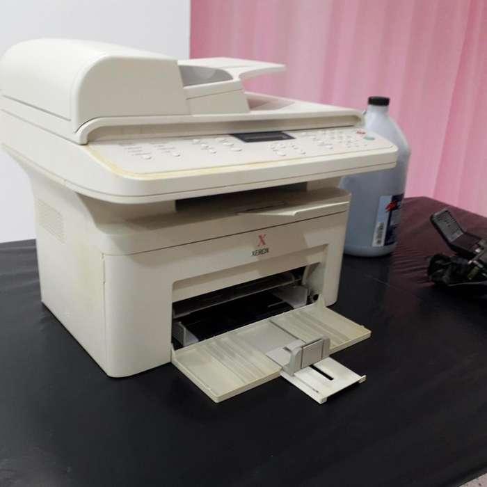 Impresora fotocopiadora Xerox PE 220