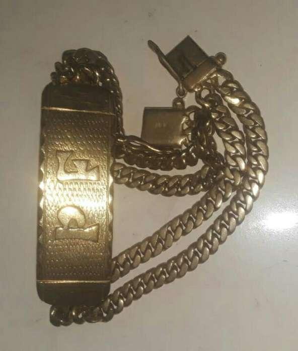 Vendo Esclava de Bronce Imitación de <strong>oro</strong>