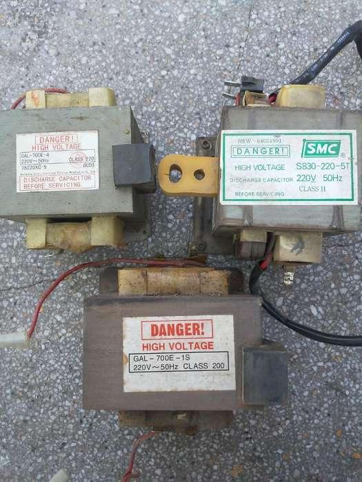Transformadores de <strong>microondas</strong> 155039582