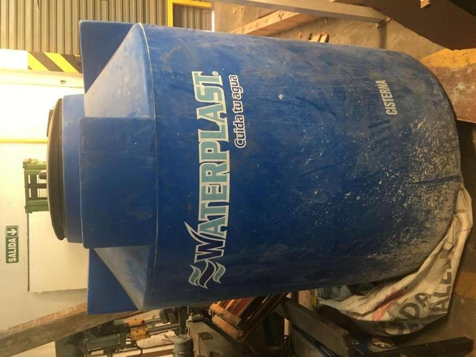 Tanque 1100 litros