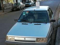 Renault 9 Gnc Y Aire