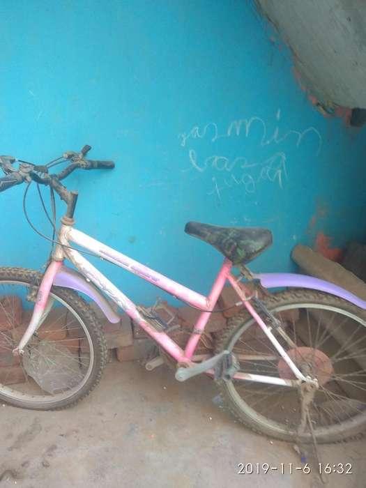 Vendo Bicicleta de Mujer Telf.943439627