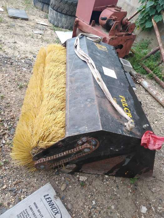 Barredora Hidráulica para Minicargador