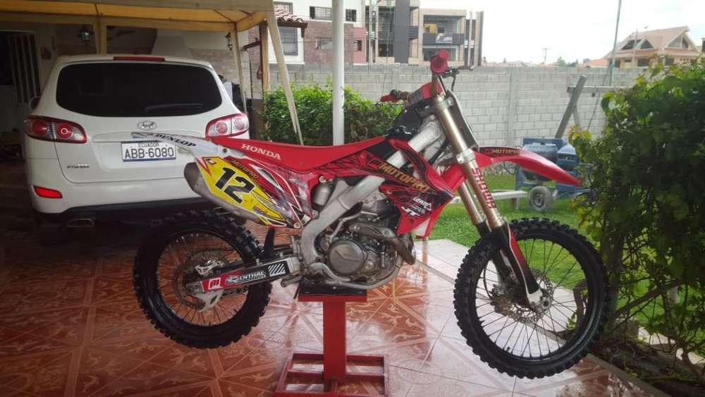 Vendo Moto Hoda Crf 450 . 2010