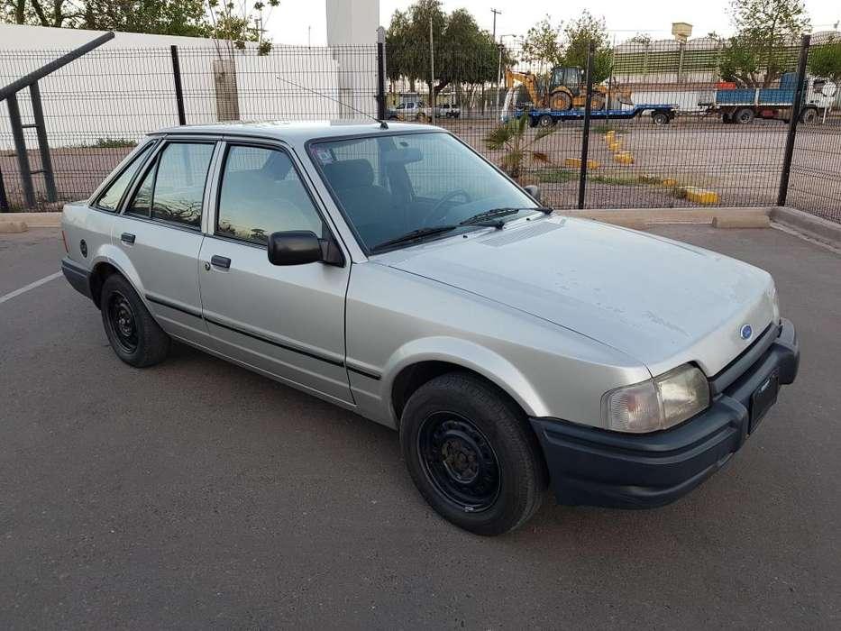 Ford Escort 1992 - 147000 km
