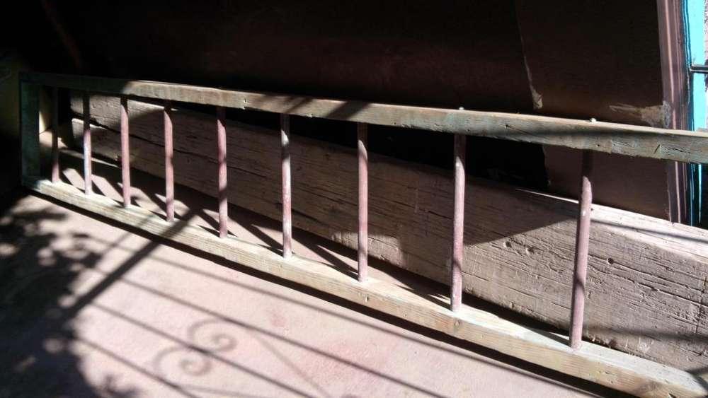 Escalera de pinotea