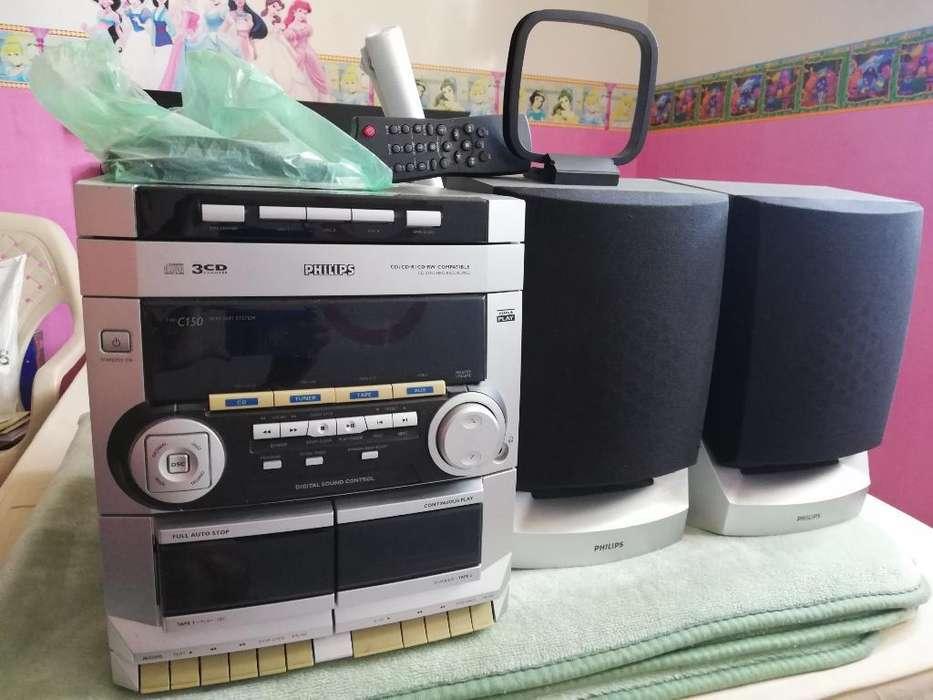 Se Vende Mini Equipo de Sonido