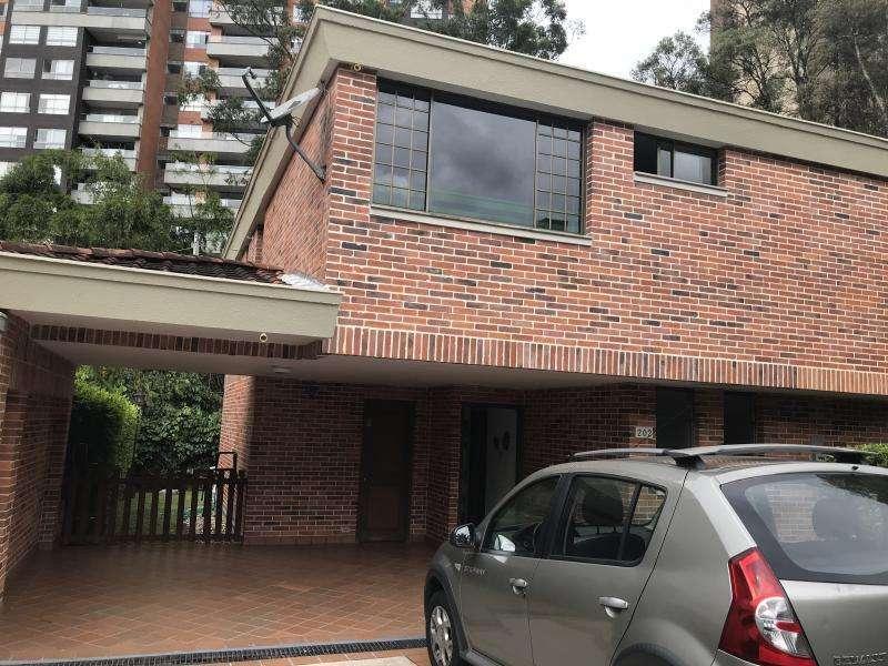 Cod. VBBER615 Casa Condominio En Venta En Envigado Loma Benedictinos