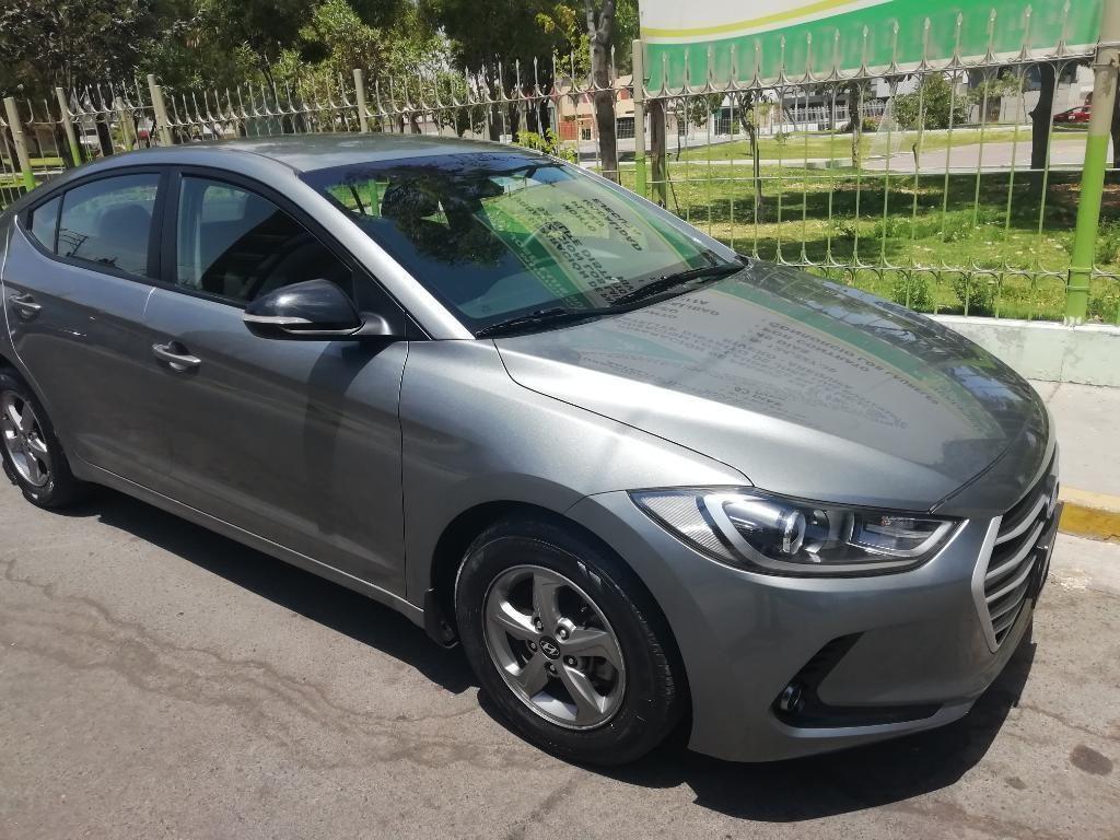 Hyundai Elantra Año Y Modelo 2018 Full