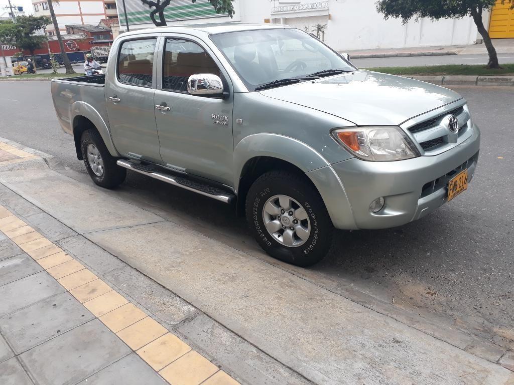 Toyota Hilux 4x4 Gasolina