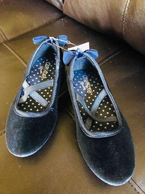 Balerinas Tallas: 28 y 32 azules OshKosh Traidas de USA y de moda