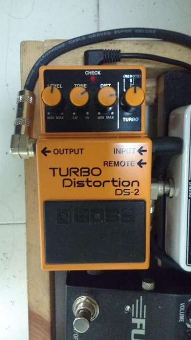 Pedal Turbo Distortion Ds2 Boss,