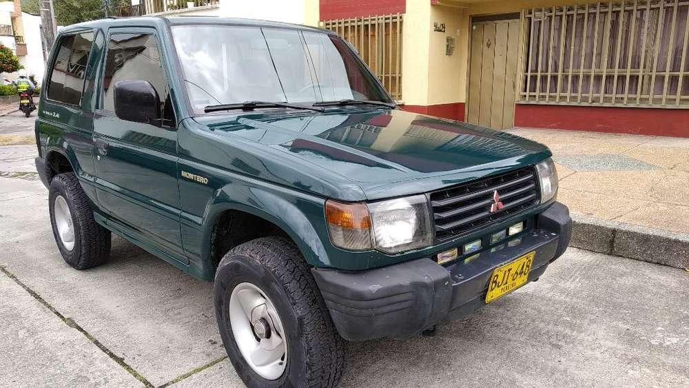 Mitsubishi Montero 1998 - 150000 km