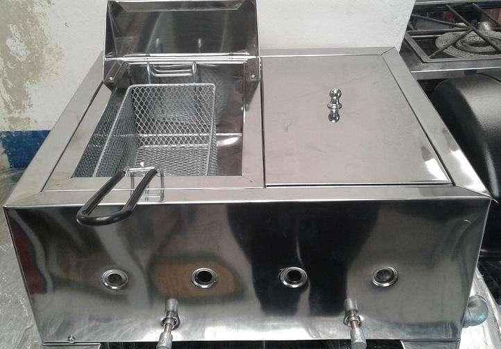 Plancha, asador, freidora, vaporera 2 en 1 nuevas para negocio de comidas