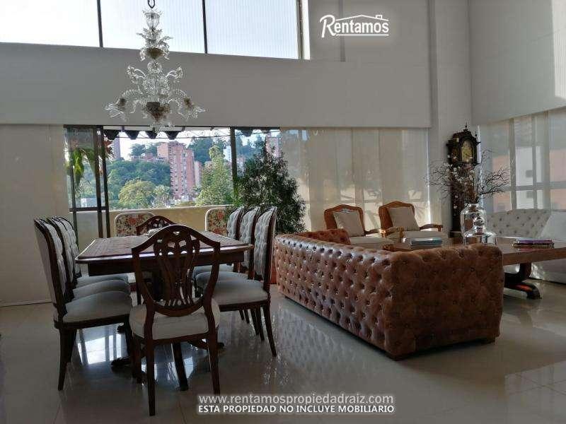 Apartamento En Venta En Medellin Poblado Cod. VBRPR8225