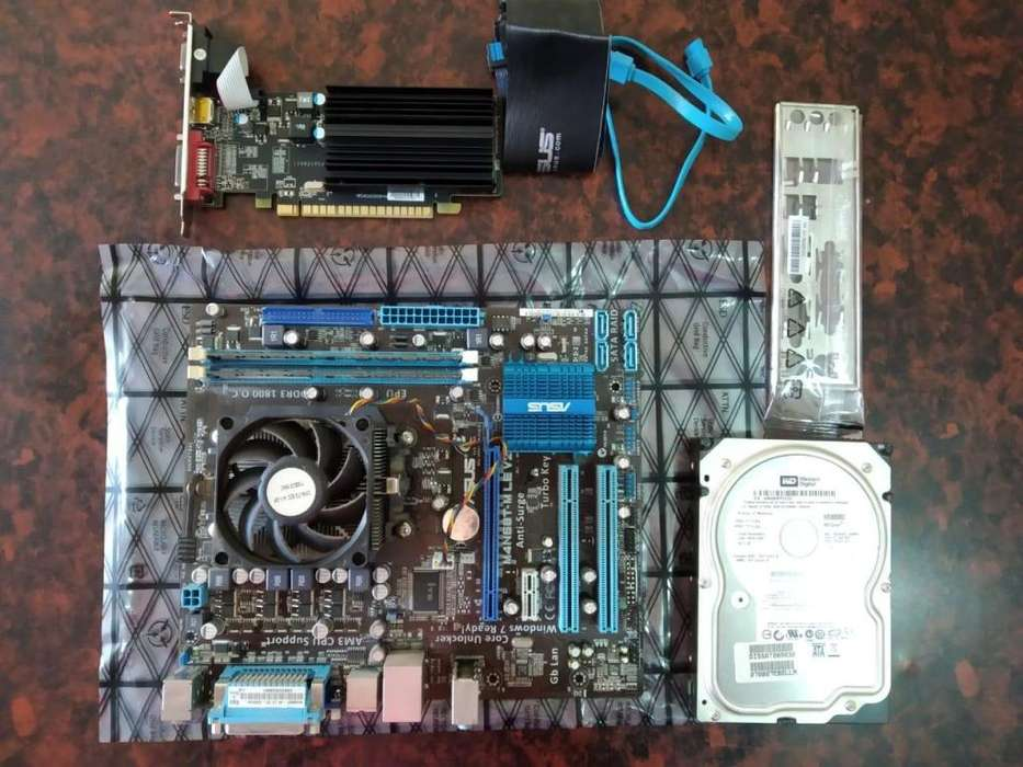 Placa Madre Asus, 4GB DDR3, Micro, Disco 250Gb, ATI Radeon