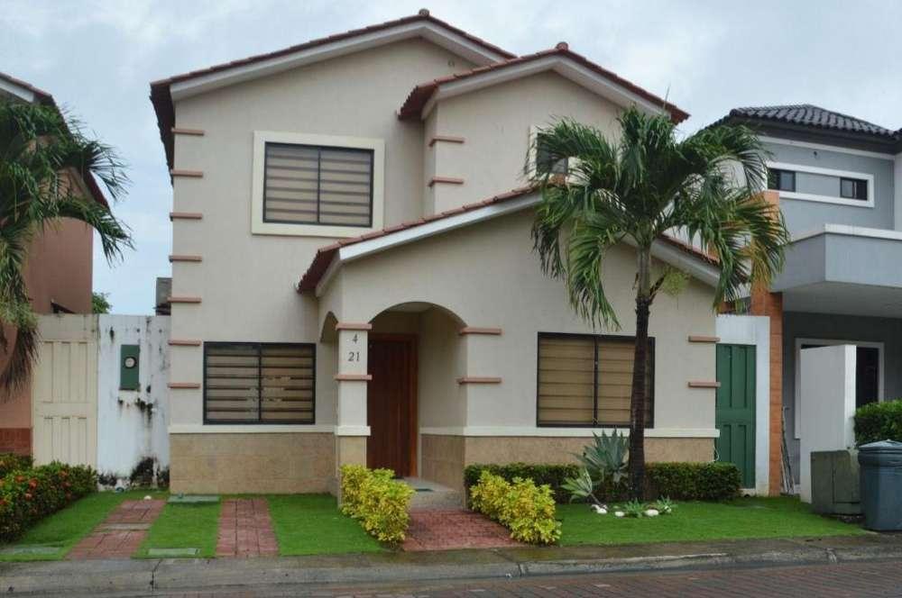 Venta Casa, <strong>ciudad</strong> Celeste Etapa La Ria, Samborondón