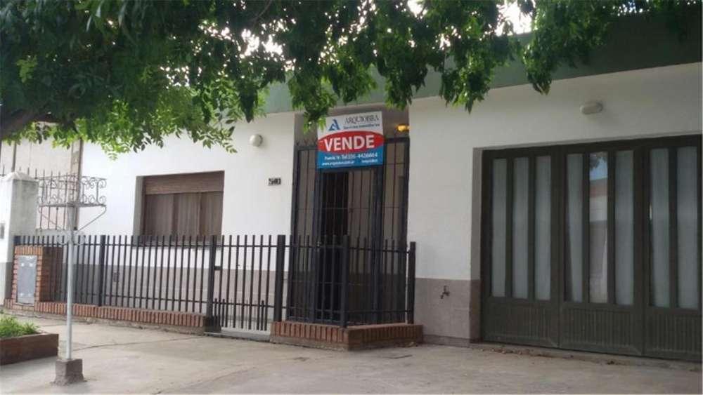 Bogado 540 - UD 90.000 - Casa en Venta