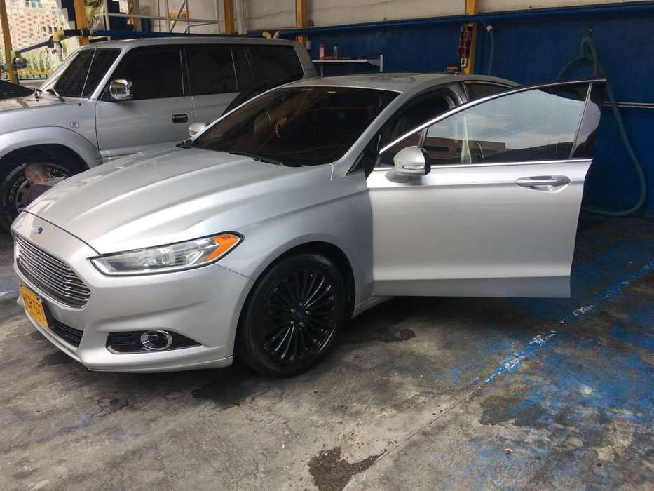 Ford Fusion 2013 - 0 km