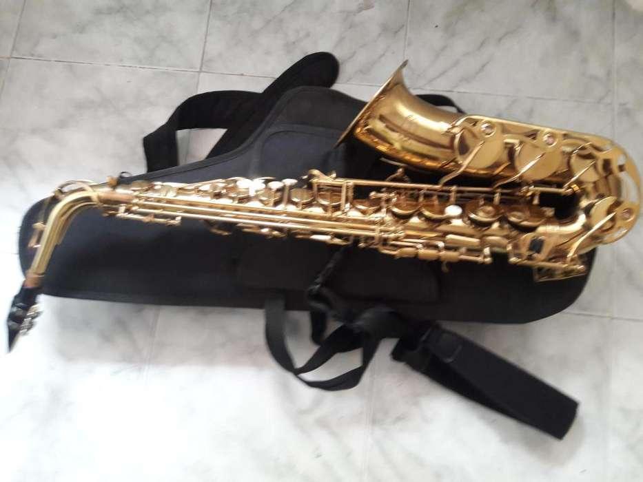 saxofon ALTO,