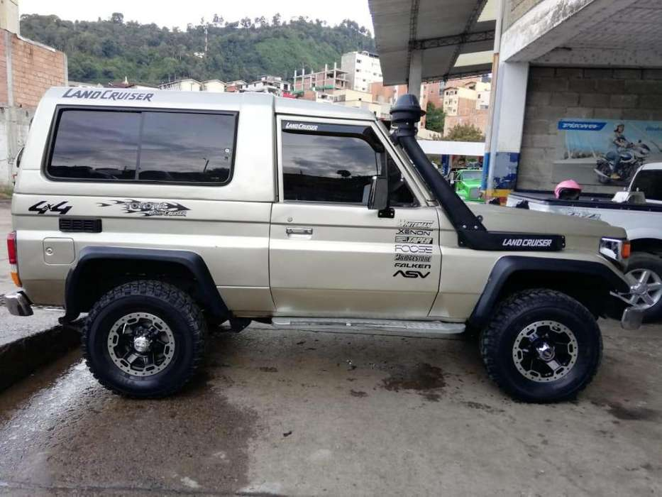Toyota Land Cruiser 1987 - 1000 km