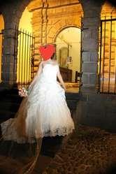 vendo hermoso vestido de novia una solo  vez usado