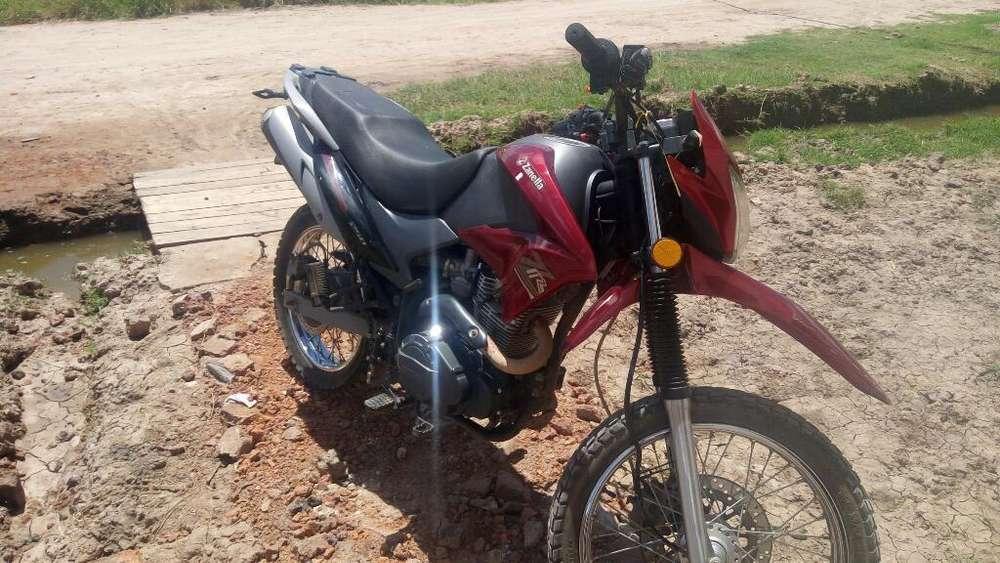 Vendo Ya <strong>moto</strong>