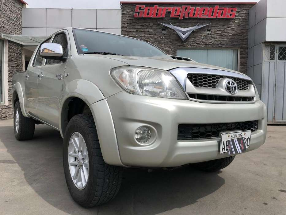 Toyota Hilux 2011 - 136000 km