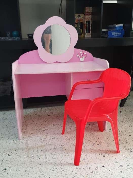 Mueble para Niña con <strong>silla</strong>