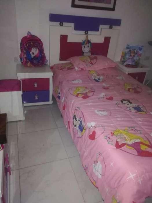 Vendo cubre cama doble fas lindo para cama 100 por 190
