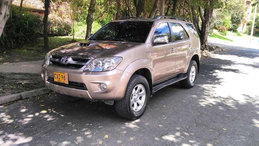 Toyota Fortuner 2008 - 138000 km