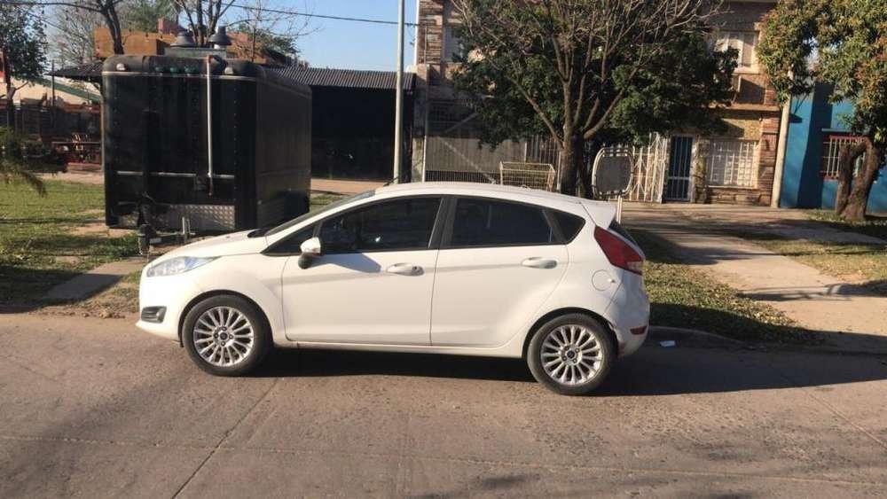 Ford Fiesta Kinetic 2014 - 56000 km