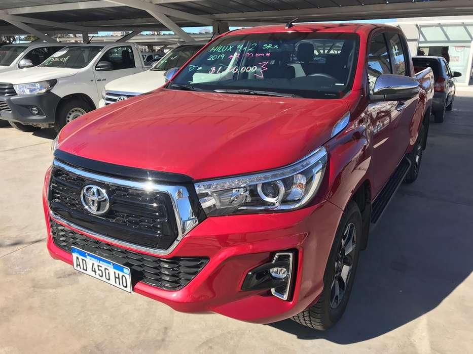 Toyota Hilux 2019 - 7803 km
