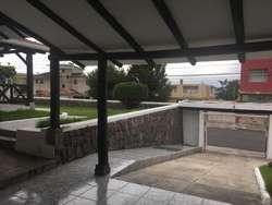Renta de Casa Sector Cumbaya
