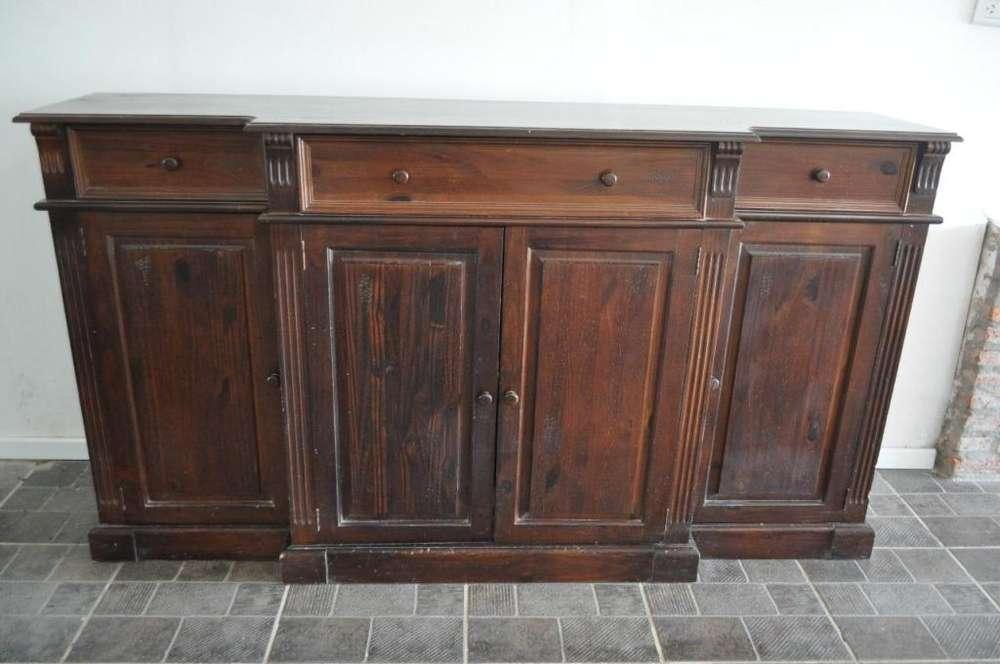 Vendo excelente mueble de madera No es antiguo Increible estado
