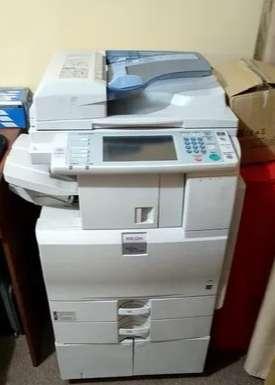 <strong>impresora</strong> RICOH MP C2051