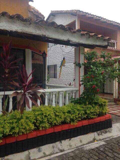 FINCA DE RECREO. San Joaquin, 13 socios