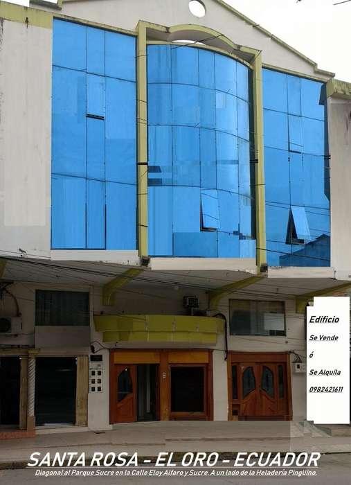 <strong>edificio</strong> de Venta. 4 Pisos en el Centro de Santa Rosa