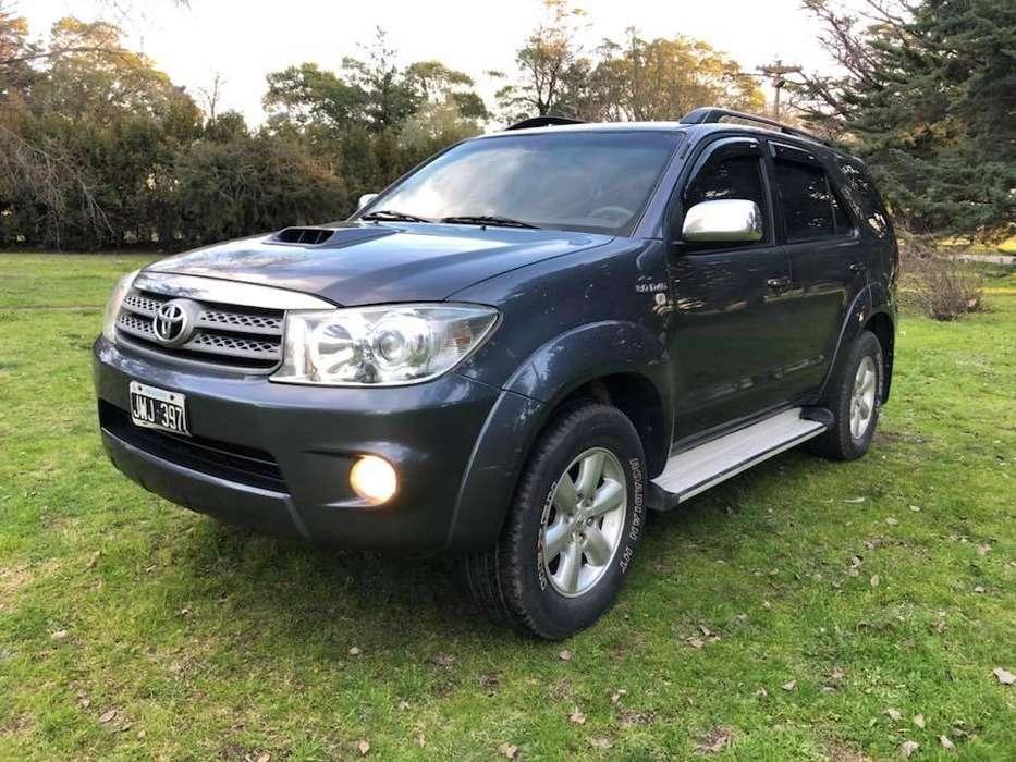 Toyota Hilux SW4 2011 - 150000 km
