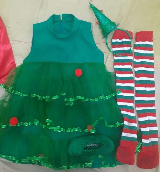 vendo trajes navideños tallas 4 a 6 y 6 a 8 años
