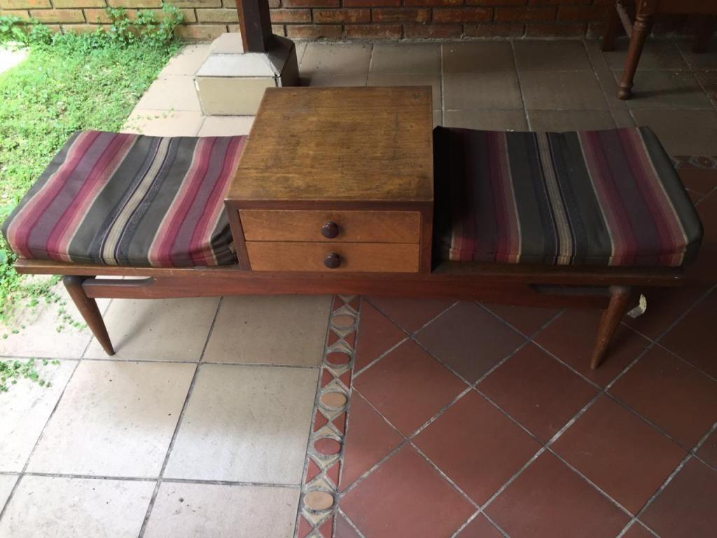 mesa antigua para telefono