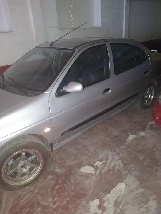 Renault Megane  2004 - 124000 km