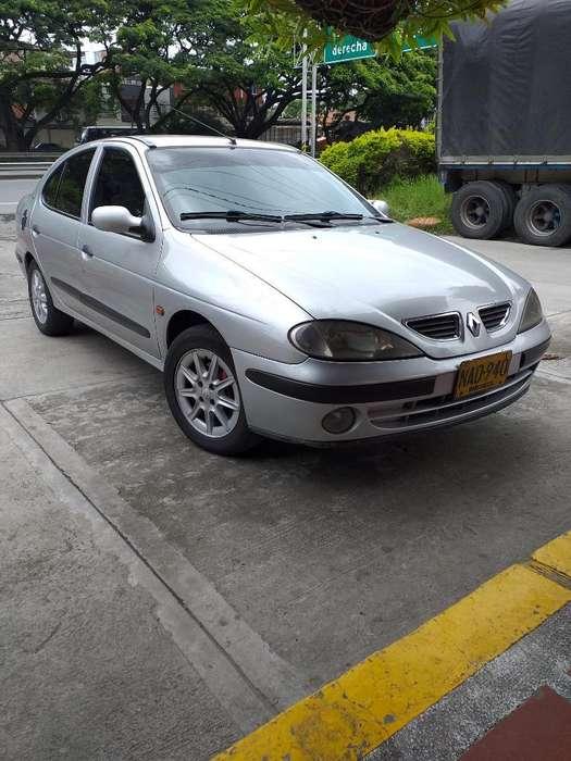 Renault Megane  2001 - 150000 km