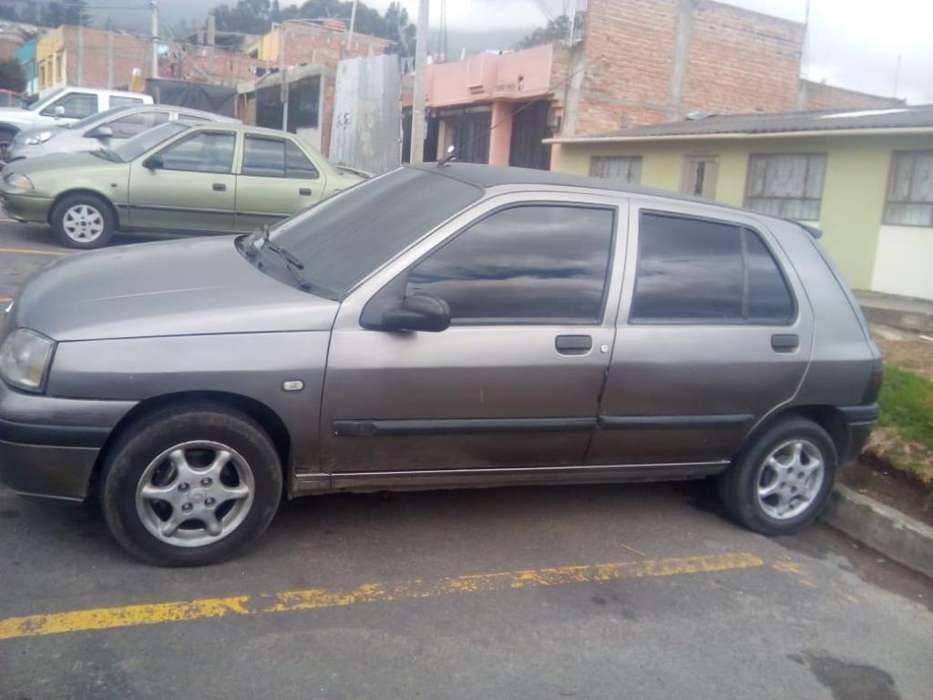 Renault Clio  1998 - 25000 km