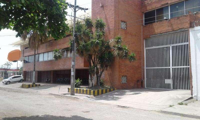 Edificio En Arriendo En Cali Popular Cod. ABJMI7744