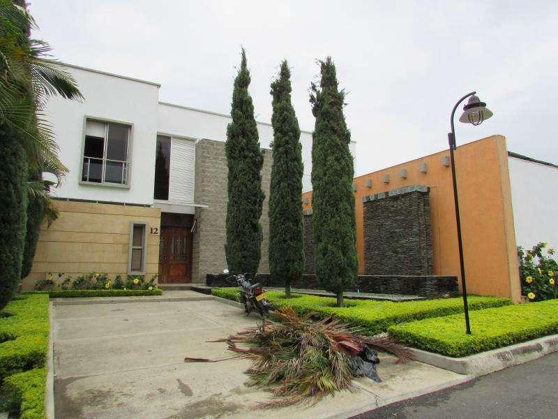 Casa Condominio En Venta En Cali <strong>ciudad</strong> Jardín Cod. VBSBI10532